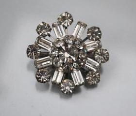 Vintage Rhinestone Brooch